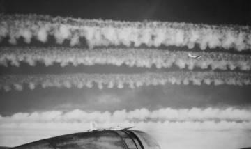 http://contrailscience.com/images/1944-91st-bomber-contrails.jpg