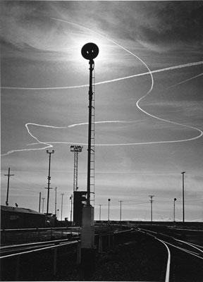 http://contrailscience.com/images/1953-adams-rails-and-jet-trailsLG.jpg
