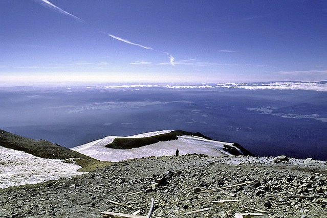 http://contrailscience.com/skitch/Mount_Adams_Summit_%7C_Flickr_-_Photo_Sharing%21-20101107-081148.jpg