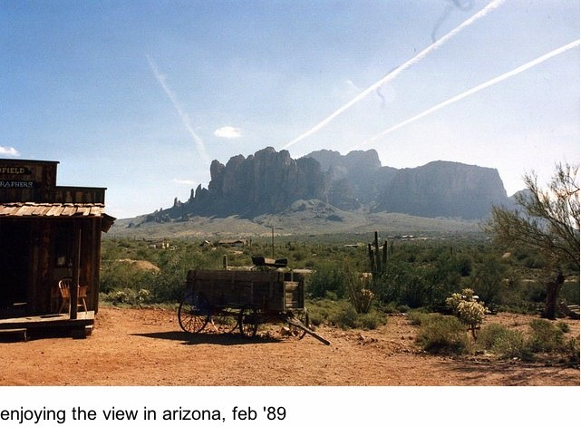 http://contrailscience.com/skitch/enjoying_the_view_in_arizona%2C_feb__89_%7C_Flickr_-_Photo_Sharing%21-20101107-080109.jpg